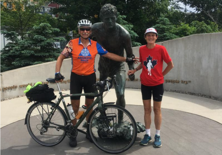 Brenda Krueger and her husband by the Terry Foxs statue in St. John's Newfoundland. (Supplied)