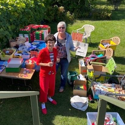 Shoebox packing party in Barbara Shumeley's backyard.